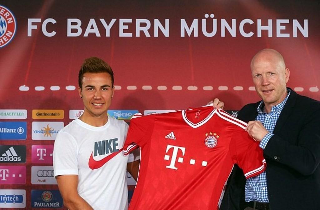 Mario Gotze pada sesi perkenalan Bayern Munchen (source : sidomi.com)