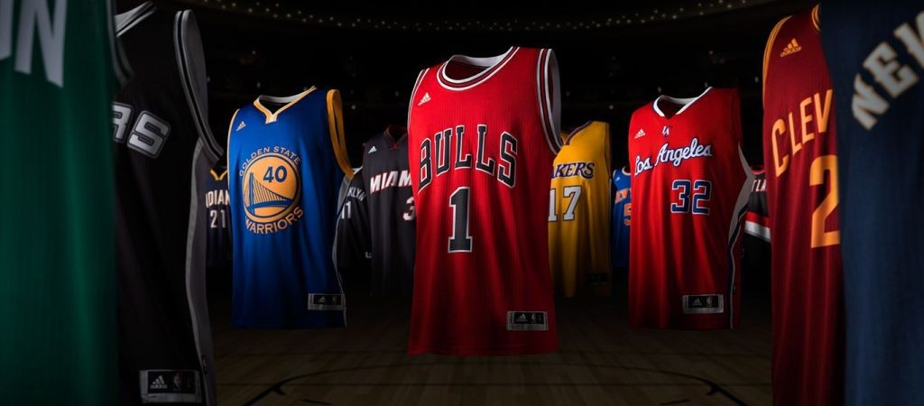 NBA dengan sponsor Adidas (source : demandware.edgesuite.net)